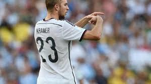 Christoph kramer (born 19 february 1991) is a german professional footballer who plays as a defensive midfielder for bundesliga club borussia mönchengladbach and the german national team. Gladbach Profi Weltmeister Kramer Wird Zdf Experte Bei Fussball Wm Augsburger Allgemeine