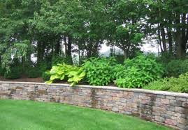 landscape design retaining wall ideas