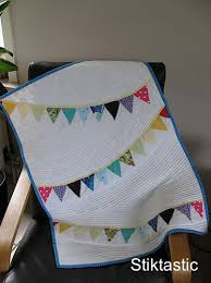 Bye, Baby Bunting Quilt | Stiktastic & ... quilting to speak just as much as the bunting. I went for self-coloured  parallel lines following the curve of the bunting and I think it worked out  ok. Adamdwight.com