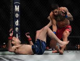 UFC 264: Ryan Hall says he broke his ...