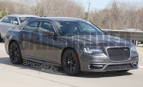 Chrysler 300 SRT Reviews | Chrysler 300 SRT Price, Photos, and ...