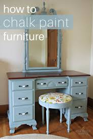 paint furnitureBest 25 Chalk painting furniture ideas on Pinterest  Chalk paint