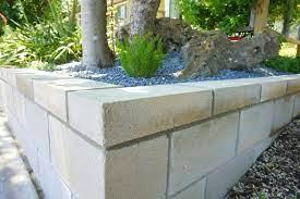 a diy cinder block retaining wall project
