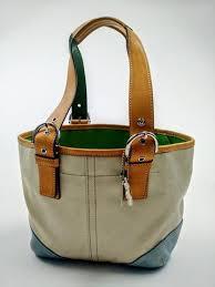 COACH Hampton Soho Handbag Tote w  Daisy Key  L3J-4428 - ReuseNation