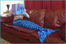 Mermaid Blanket Knitting Pattern Magnificent Mermaid Blanket RoundUp Red Heart Blog