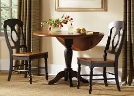 Low Country Round Drop Leaf Pedestal Table Dining Room Set By - Leaf dining room table