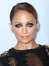 get the look nicole richie s dramatic sooty eyes beauty celebrity makeup beauty makeup nicole richie
