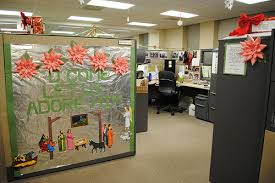 decorating office for christmas ideas. Astonishing Design Interior Living Office Cubicle Decorating Ideas Home Remodeling Inspirations Cpvmarketingplatforminfo For Christmas
