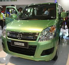 suzuki wagon r suzuki karimun wagon r at the 2013 international motor show jpg