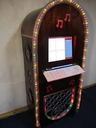 picture of kickin kiosk jukebox