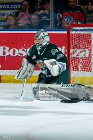 Dustin Wolf of the Everett Silvertips defends the net during second... News  Photo - Getty Images
