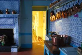 claude monet giverny home kitchen