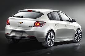 Paris Preshow: Chevrolet Cruze Hatchback, goes on sale next year ...