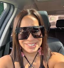 Disfrutando mi nuevos lentes🕶... - Mis 60 Solange Rivero | Facebook