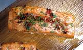barbecued salmon with sun dried tomatoes and garlic