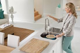 Moen Touchless Kitchen Faucet Moen Introduces A Hands Free Faucet That Actually Works Home Iq