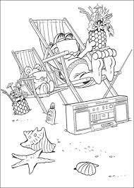 Garfield Op Het Strand Met Kokosnoot Kleurplaat Gratis Kleurplaten
