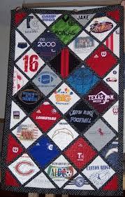 Best 25+ Old tshirt quilt ideas on Pinterest | Sewing for dummies ... & Best 25+ Old tshirt quilt ideas on Pinterest | Sewing for dummies, DIY  clothes out of old Tshirts and DIY college blankets Adamdwight.com