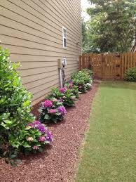 Cheap Landscape Edging 10 Cheap But Creative Ideas For Your Garden 4 Side Yard