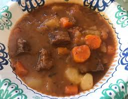 beef stew in bowl ings