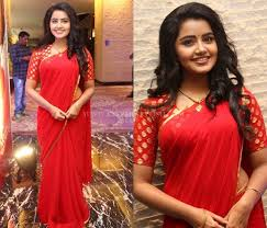 what jewellery to wear with red saree
