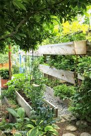 15 diy vertical vegetable garden ideas