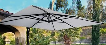 how does a cantilever umbrella work