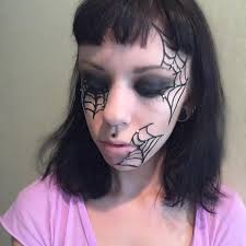 spider web makeup