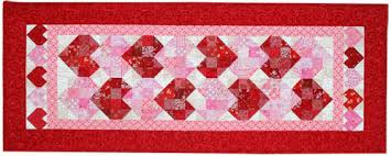 Valentine's Day Quilt Patterns | Quilters Newsletter & Other free Valentine's appliques and/or quilt patterns from Quilters  Newsletter: Sweetheart Table Runner Adamdwight.com