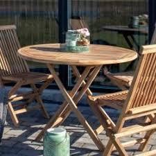 Garten Klapptisch aus Teak Massivholz rund 4Home - #4Home #aus #Garten  #holtztischmassiv #Klapptisch #Massivholz #rund #Tea… in 2020 | Outdoor  tables, Outdoor decor, Elnora