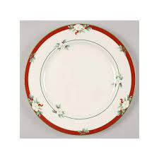 Christmas China Patterns Stunning Christmas China Patterns You'll Love For Your Southern Home