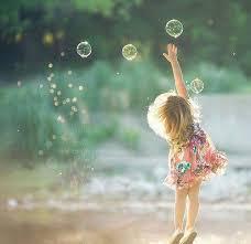 Những điều giản dị của hạnh phúc Images?q=tbn:ANd9GcSKoKhPiy7ZqPeniUJPfHPGxQKvud4X_HEofXh84aAmMXnYYXJ91Q