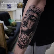 татуировки будда и лотос в стиле реализм черно серая мужские