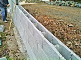 concrete block retaining wall construction
