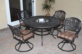 elizabeth 5 pcs dining set with 52 round table