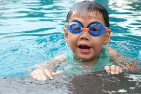 Swimming classes and lessons for children in Oxfordshire