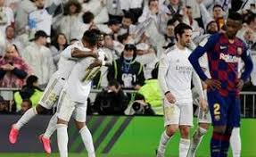 Real madrid have won their last two games against barcça in all competitions, last winning three in barça have won their last nine away laliga games and could win 10 in a row away from home in a. Video Le Real Madrid S Impose Face Au Barca Et Reprend La Tete De La Liga