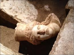 Αποτέλεσμα εικόνας για ο τάφος του μεγάλου αλεξάνδρου