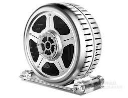 Фото дня: компьютерный <b>корпус</b>-колесо диаметром 52 см