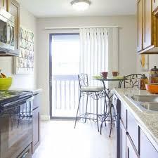 State Of The Art Kitchen   2 Bedroom Apartments Denver   Summitt Ridge