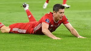 Dearborn said he was uncomfortable with the request and declined to deliver it, according to the report. Lewandowski Und Sein Ziel Beim Fc Bayern Comeback In Zwei Wochen Kicker
