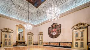 Lasvit restores <b>Bohemian crystal</b> chandeliers <b>in</b> Milan's Palazzo ...