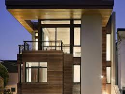 Rumah minimalis modern 2 lantai dengan taman belakang dan jalan setapak.hal ini menjadikan contoh desain rumah minimalis 2 lantai yang modern yang semakin unik. 15 Desain Rumah 2 Lantai Minimalis Untuk Keluarga Baru