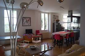 1964 Appartement 4 Pièces Avec Cuisine équipée Terrasse Et Cave