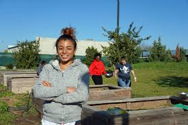 UC nutrition education program supports women's growth with garden lessons  - Healthy Communities Blog - ANR Blogs