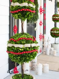 Outdoor Christmas Decorating 50 Best Outdoor Christmas Decorations For 2017