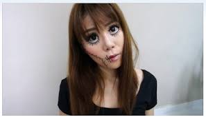 i had so much fun experimenting and doing this look hope this is scary enough for you d