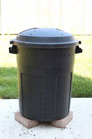 trash can compost bin. Interesting Can Make Your Own Compost Bin Out Of A Trash Can Compost With Trash Can Compost Bin