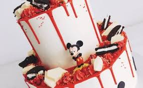 mickey mouse cake for hard disney fans