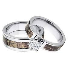 his and her s matching realtree ap camouflage wedding ring set amazon